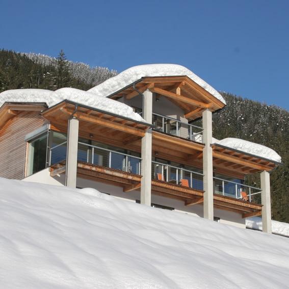 AT-9762-03_Less is more_Villa Bella Isa_design_wintersport_Belvilla vakantiehuizen