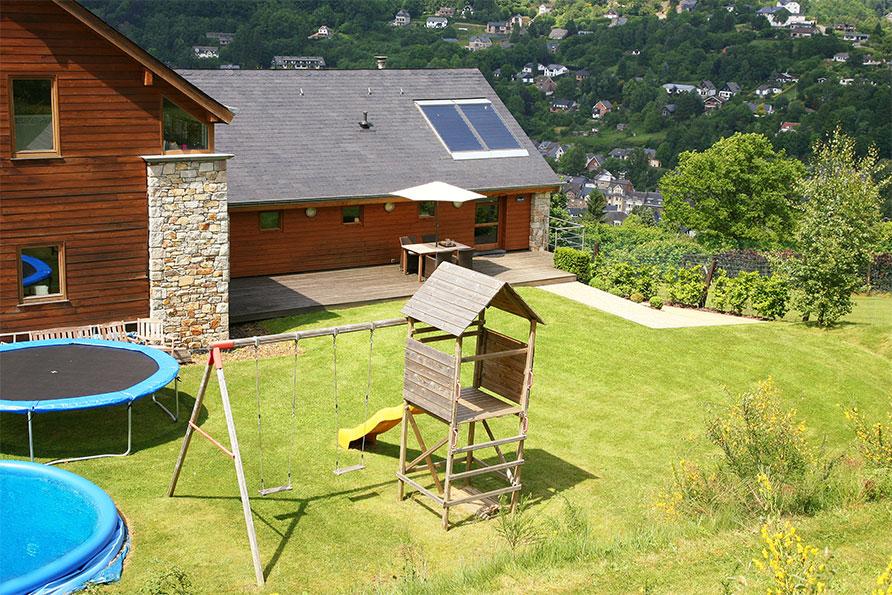 speeltoestel trampoline Ardennen Belvilla vakantiehuizen