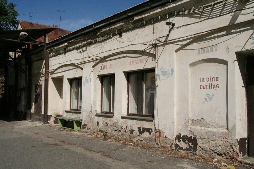 parkeerterrein Vinohrady Praag 4 Belvilla vakantiehuizen